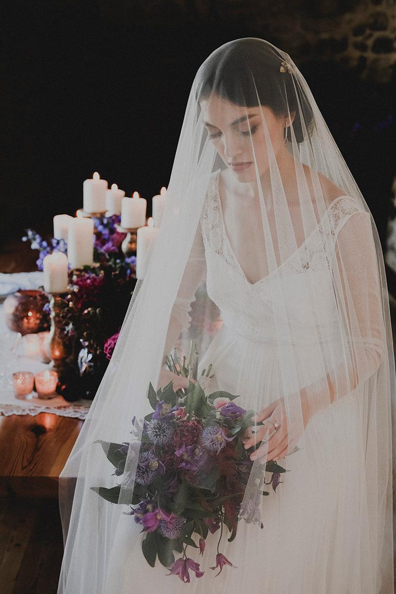 Verecundiam-editorial-para-las-novias-de-otono-por-Rodolfo-Mcartney-fotos-de-Norwud-0108