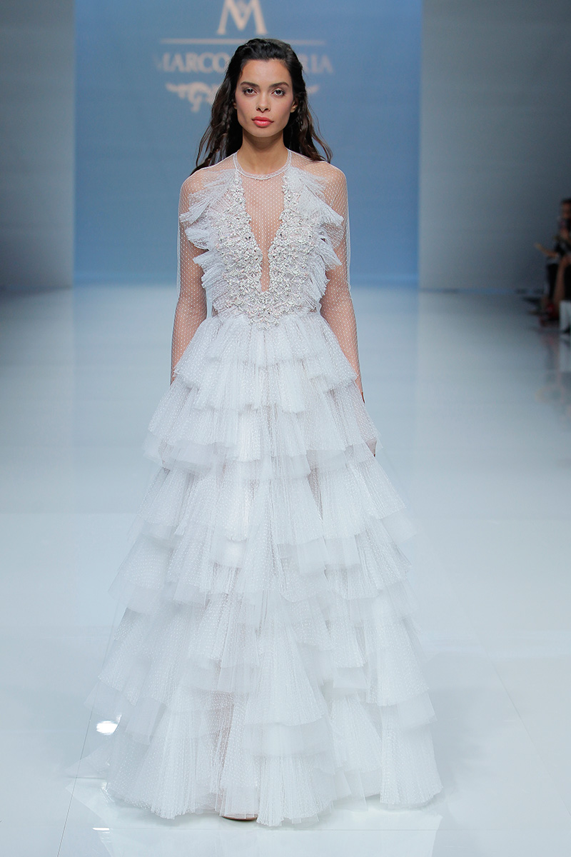 Marco-y-Maria-2019--Barcelona-Bridal-Fashion-Week-por-Rodolfo-Mcartney-Fotos-via-Barcelona-Bridal-Fashion-Week-vestidos-marcomaria_088