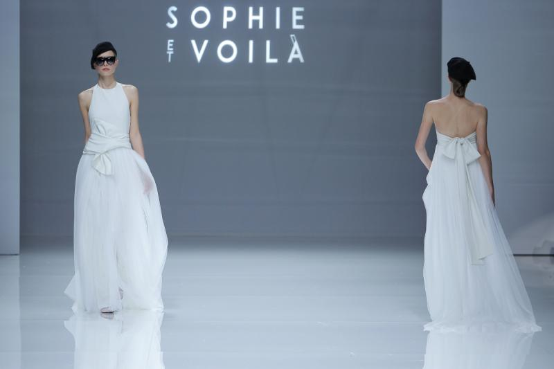 Sophia Et Voila 2019 por Rodolfo Mcartney vestidos sophie et voila Fotos via Barcelona Bridal Fashion Week 18