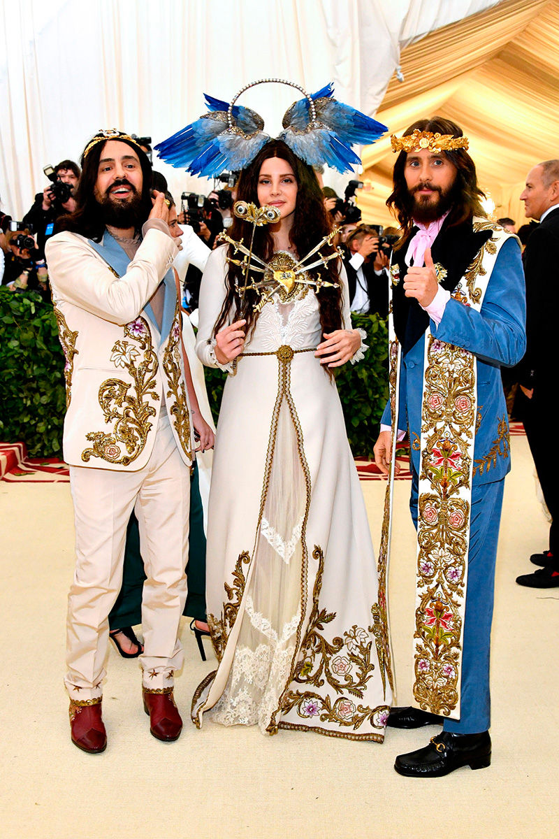 Alessandro Michele, Lana del Rey y Jared Leto de Gucci/ Getty Images