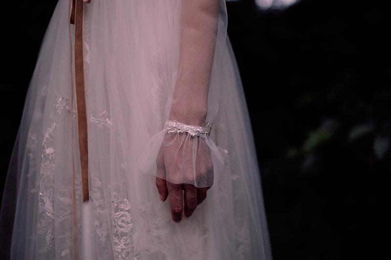 Carmela-la-nueva-coleccion-de-Juana-Rique-por-Rodolfo-Mcartney-Fotos-de-Manu-Cruz-Fotografia-y-Greta-Esto-Va-de-Bodas--19-0145